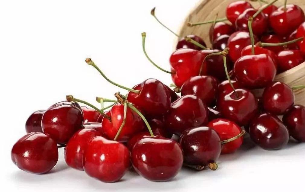 超市购买回来的樱桃
