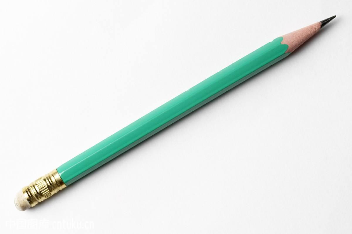 小朋友上学用的铅笔