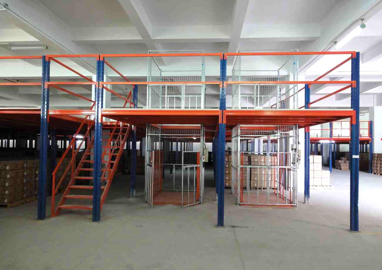 仓库使用阁楼式货架的五个注意事项